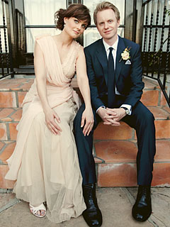 FIRST LOOK: Emily Deschanel and David Hornsby&#39;s Wedding Photo