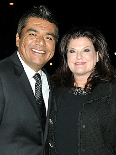 George Lopez&#39;s Wife Files for Divorce
