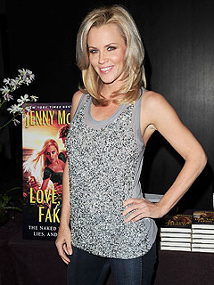 Jenny McCarthy Is Looking for a Guy to Smooch on New Year's | Jenny McCarthy