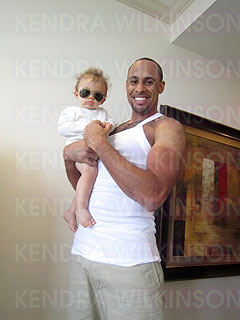 Kendra Wilkinson and Hank Baskett Are &#39;Just Fine,&#39; Says Source| Couples, Hank Baskett, Kendra Wilkinson