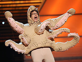 Paul the Octopus Gets Joking Eulogy from Andy Samberg