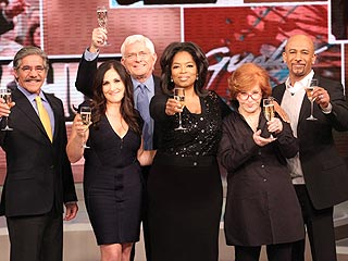 PHOTO: Iconic Talk Show Hosts Hail Queen Oprah | Oprah Winfrey