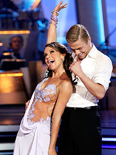 Dancing: Jennifer and Derek's 'Flawless' Night