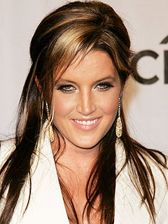 Report of Lisa Marie Presley's Collapse Is Untrue, Rep Says | Lisa Marie Presley