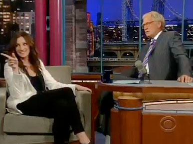 Julia Roberts Tries to Help Letterman with His Dog