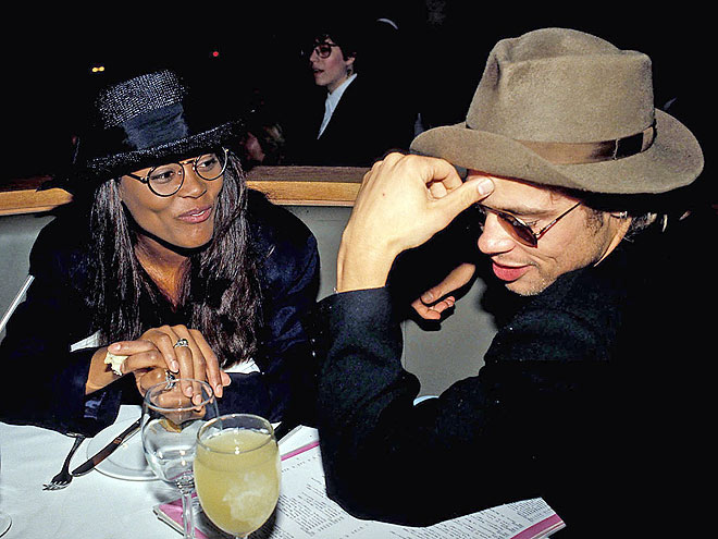 brad pitt dating robin givens Does mike tyson have a grudge against brad pitt thirty years after mike caught brad with his ex, robin givens, the boxer dished the juicy story about the awkward.