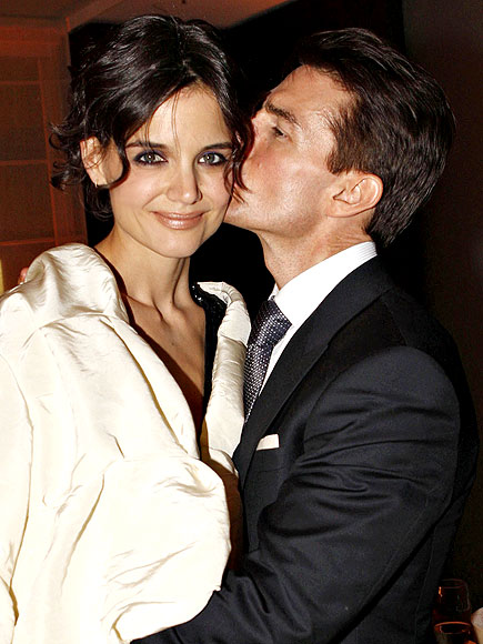 What song did Katie Holmes choose to serenade Tom Cruise? | Katie Holmes, Tom Cruise