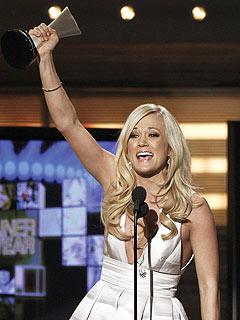 Lady Antebellum Dominates ACM Awards| Academy of Country Music Awards, Music News, Brad Paisley, Carrie Underwood, Lady Antebellum, Miranda Lambert