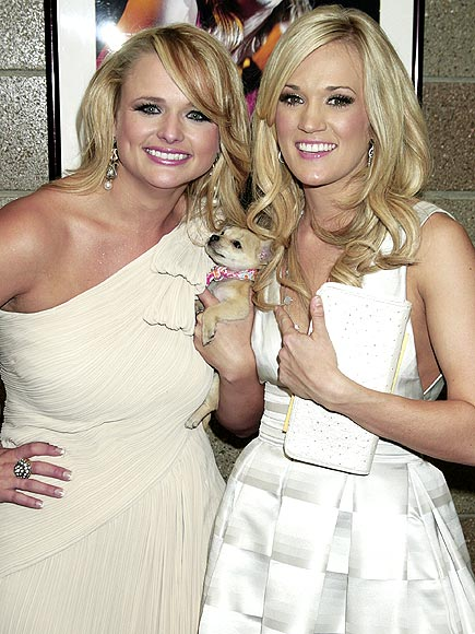 MIRANDA LAMBERT & CARRIE UNDERWOOD photo | Carrie Underwood, Miranda Lambert