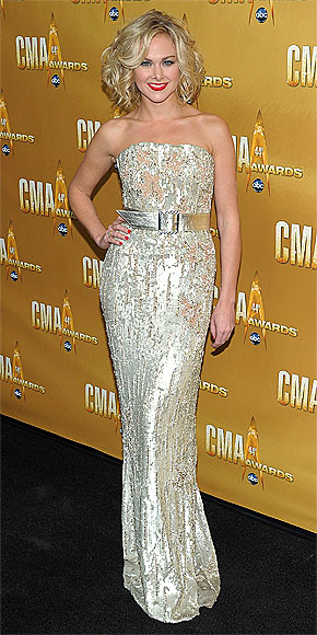 LAURA BELL BUNDY   photo | Laura Bell Bundy