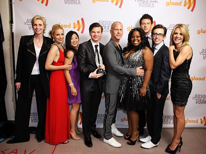 WINNING SHOT photo | Chris Colfer, Cory Monteith, Dianna Agron, Jane Lynch, Jessalyn Gilsig, Kevin McHale, Ryan Murphy