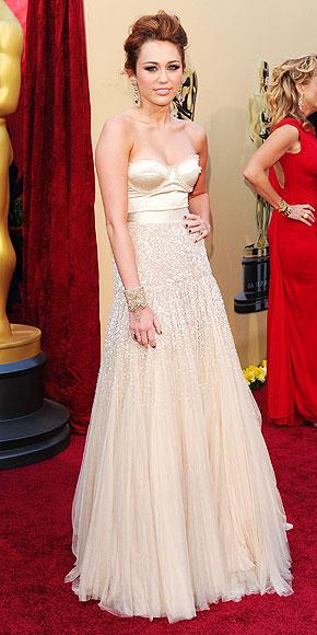MILEY CYRUS  photo | Oscars 2010, Miley Cyrus