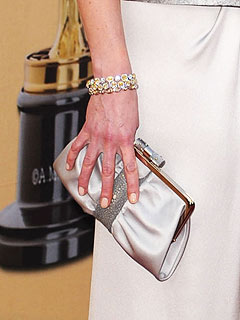 kate winslet clutch Oscars Red Carpet Style   2010