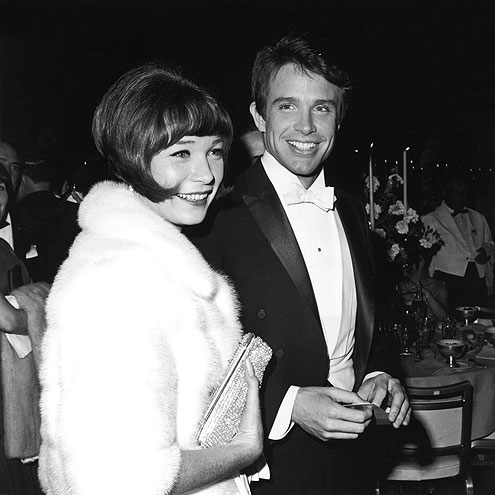 A FAMILY AFFAIR photo | Shirley MacLaine, Warren Beatty