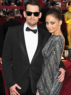 Nicole Richie & Joel Madden Set a (Fake) Wedding Date | Oscars 2010, Joel Madden, Nicole Richie