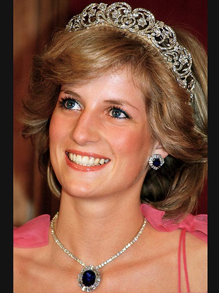 princess diana wedding tiara. princess diana wedding tiara. Amazing Royal Tiaras! Amazing Royal Tiaras! iMikeT. Aug 17, 03:28 PM. I#39;ll just wait until the 4GHZ Mac