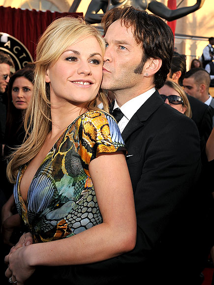 ANNA PAQUIN AND STEPHEN MOYER photo | Anna Paquin, Stephen Moyer