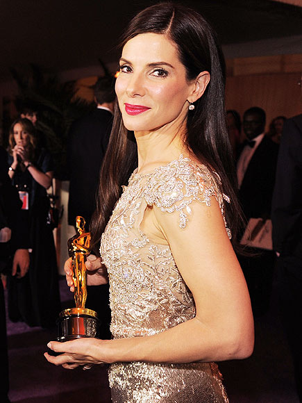 SHE'S GOLDEN!  photo | Oscars 2010, Sandra Bullock