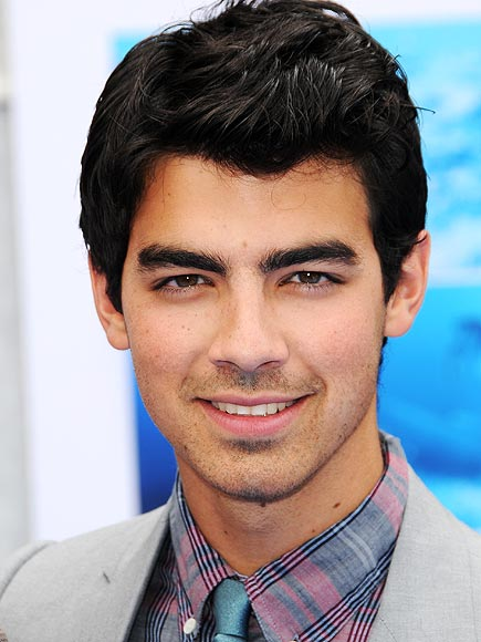 JOE JONAS, 21 photo | Joe Jonas