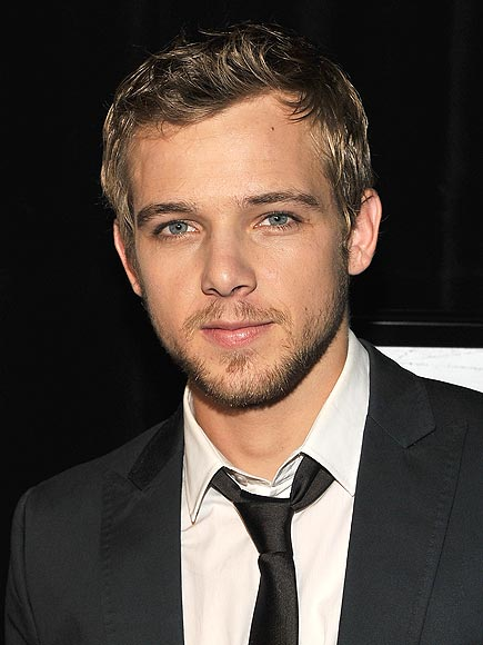 MAX THIERIOT, 22 photo | Max Thieriot