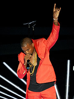 Kanye West Salutes 'Douchebags' at Video Music Awards | Kanye West