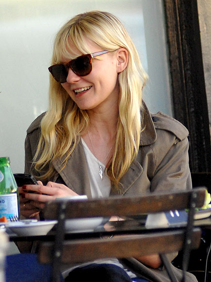 OUT TO LUNCH photo   Kirsten Dunst