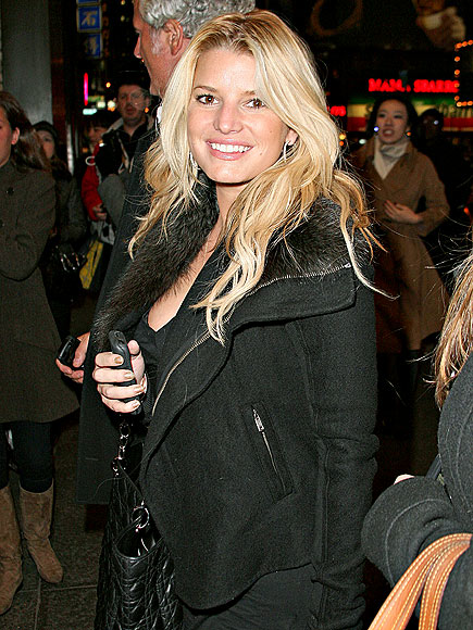 SUPER FAN photo | Jessica Simpson