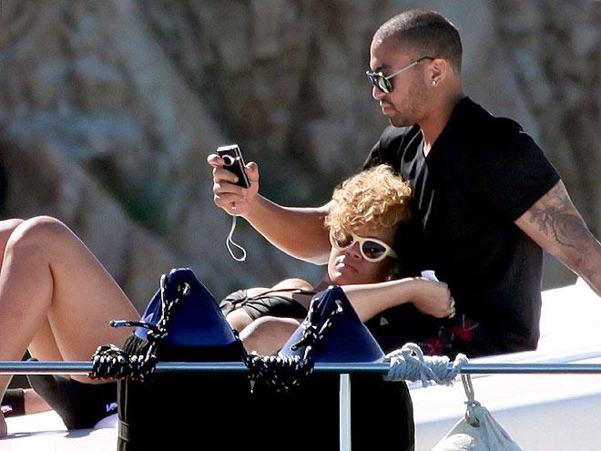 THE LOVE BOAT photo | Rihanna