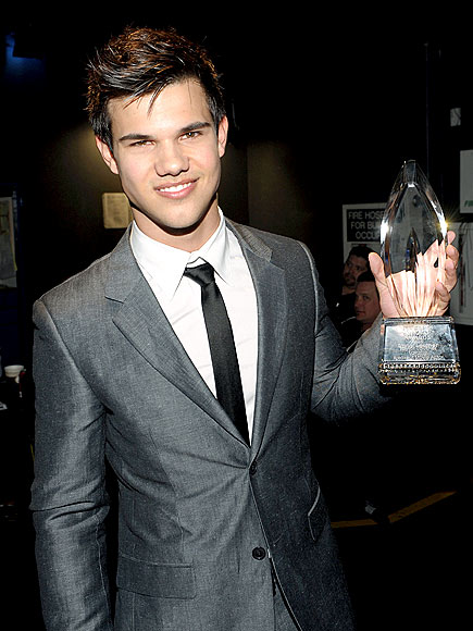NUMBER ONE photo | Taylor Lautner