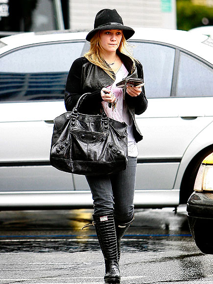 WEATHER GIRL photo | Hilary Duff