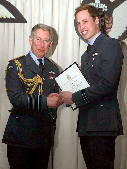 PILOT PROGRAM photo | Prince Charles, Prince William