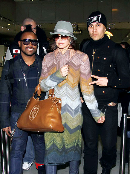 LANDING GEAR photo | Apl de Ap, Fergie, Taboo