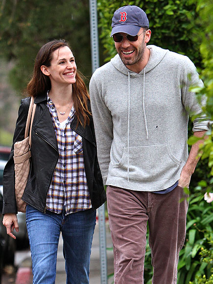 SMILING HAPPY PEOPLE photo | Ben Affleck, Jennifer Garner