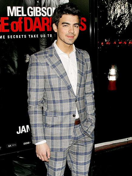 SOLO ACT photo | Joe Jonas
