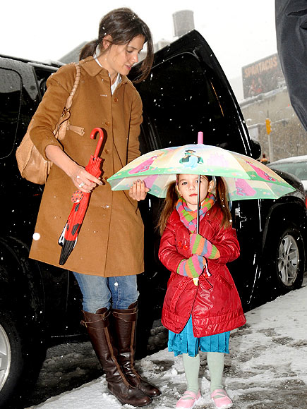 WEATHER PROOF photo | Katie Holmes