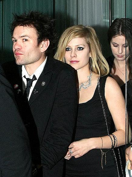 avril lavigne 2010. BACK ON? photo | Avril Lavigne