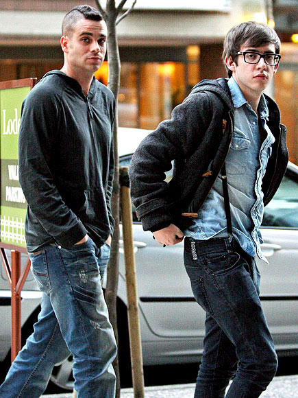 A GLEEK ARRIVAL photo | Kevin McHale, Mark Salling