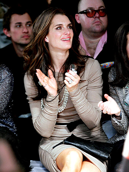 CLAP ON photo | Brooke Shields