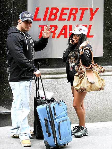 TRAVEL MATES photo | Nicole Polizzi