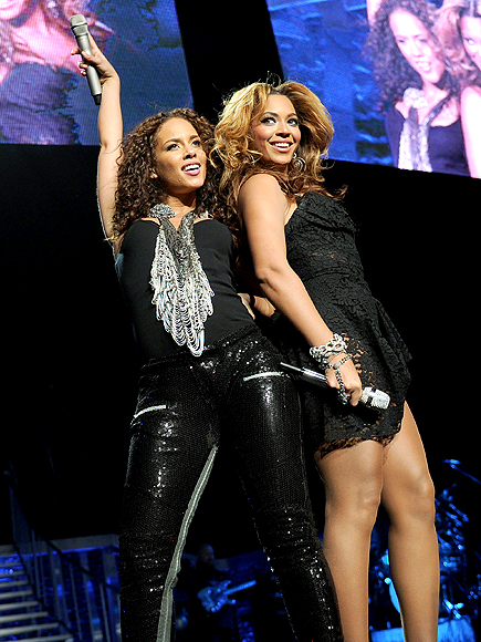 JUST DUET photo | Alicia Keys, Beyonce Knowles