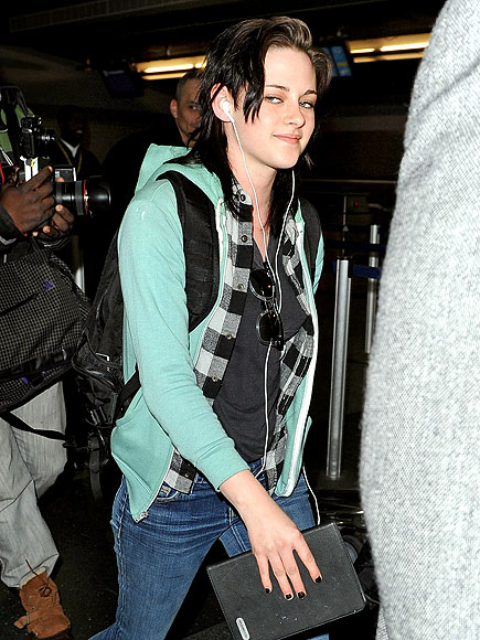 SMOOTH LANDING photo | Kristen Stewart