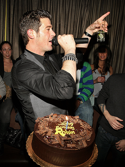 CAKE BOSS photo | Robin Thicke