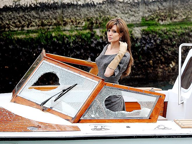 CRUISE CONTROL photo | Angelina Jolie