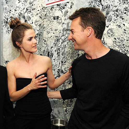 LOOK WHO'S TALKING photo | Edward Norton, Keri Russell