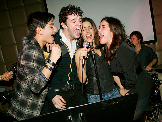 THE LAST SONG photo | America Ferrera, Ana Ortiz, Mark Indelicato, Michael Urie