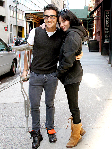 GRAB YOUR PARTNER photo | Mark Ballas, Shannen Doherty