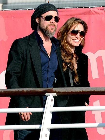 HAPPY LANDING photo | Angelina Jolie, Brad Pitt