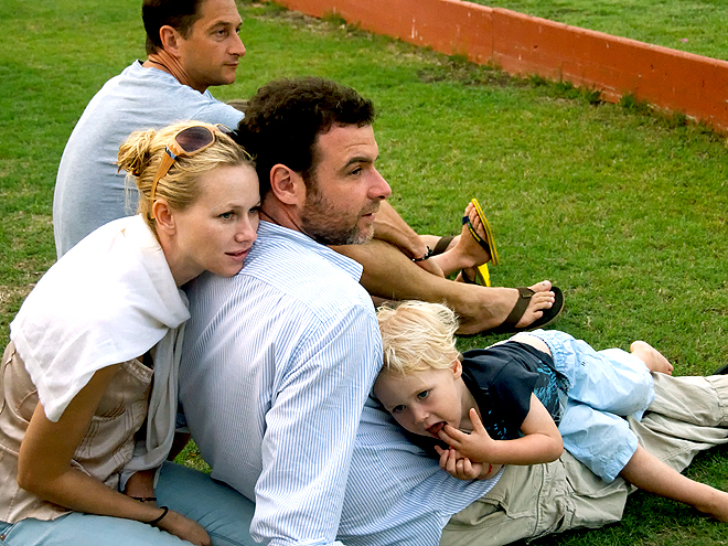 GREENER PASTURES photo | Liev Schreiber, Naomi Watts