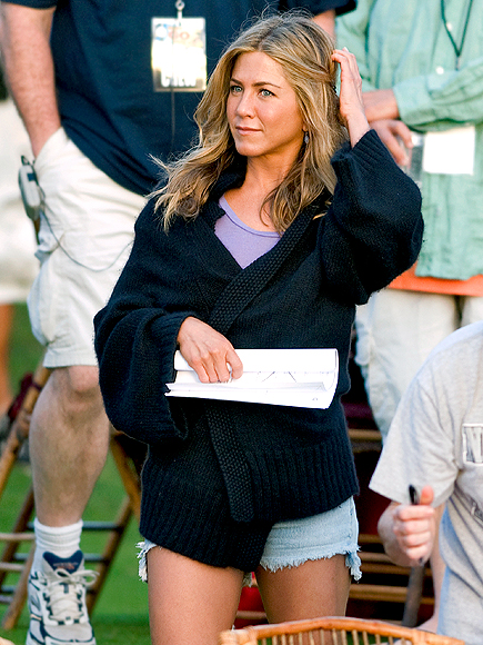 SET TO GO photo | Jennifer Aniston