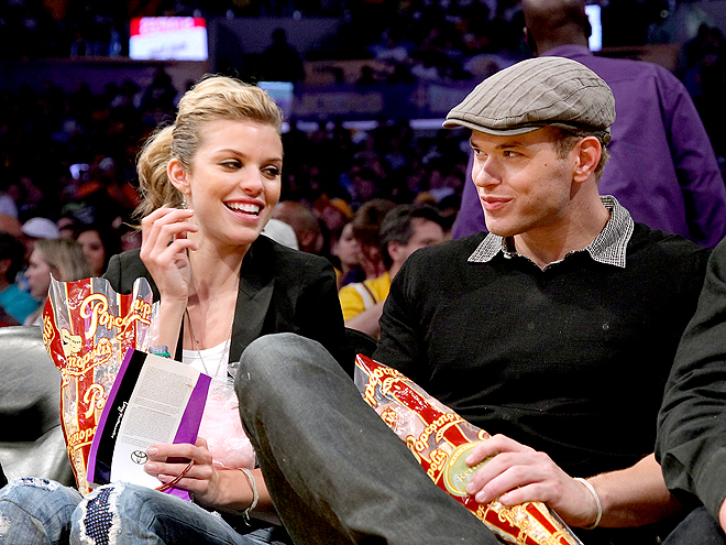 WHAT&#39;S POPPIN&#39;? photo | AnnaLynne McCord, Kellan Lutz